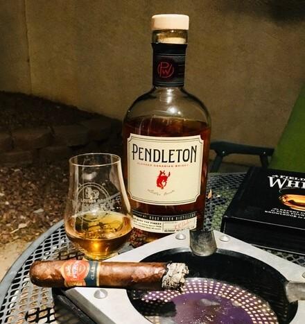 Pendleton whisky & Punch London Club cigar